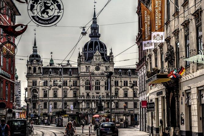 Private Hallstatt Tour from Salzburg with tour end in Graz