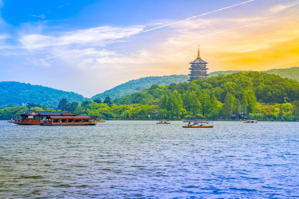 杭州西湖+靈隱寺+西湖遊船一日遊(西湖烏鎮·西湖西溪 2選1)