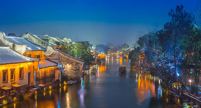 杭州西湖+遊船+雷峰塔一日遊(烏鎮/西溪濕地/靈隱寺/宋城 4選1)