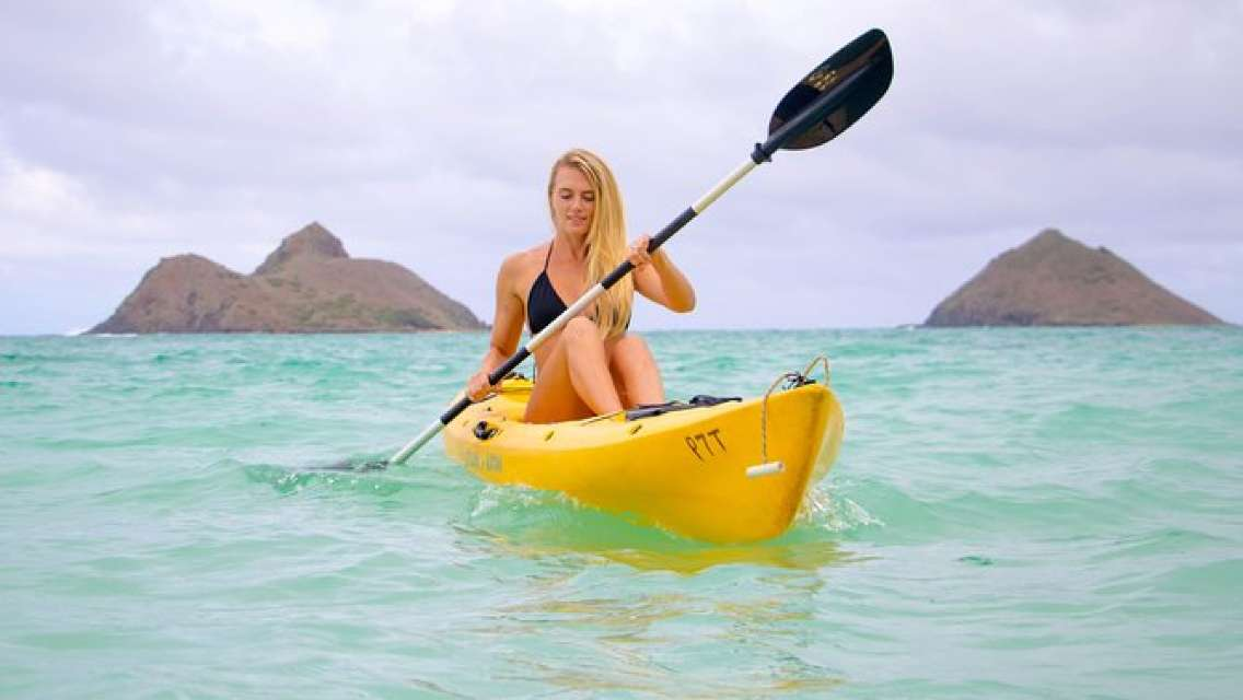 One-Person Kayak Rental from Kailua Beach - Full day to visit Mokulua Islands