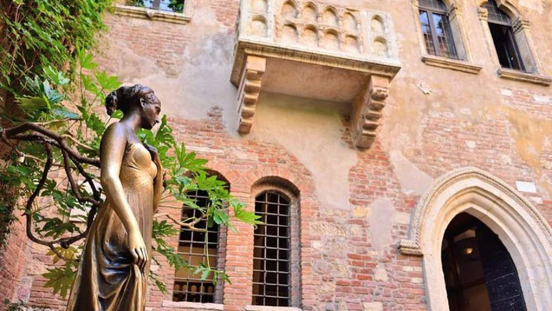 Fascinating Verona: in the Footprints of Romeo and Juliet