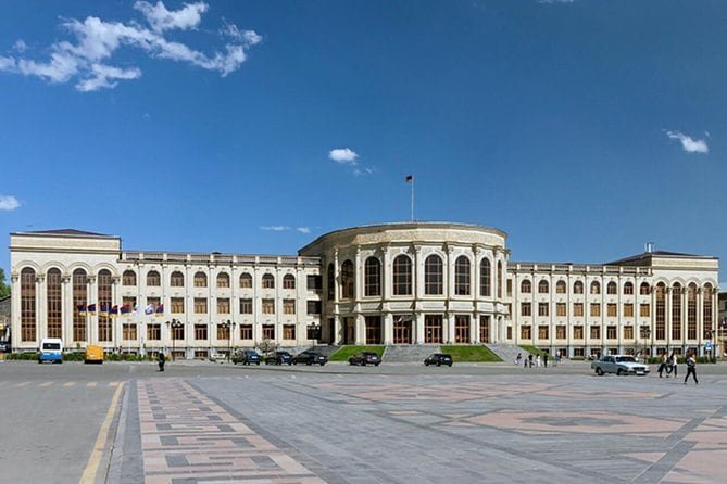 Private tour to Aruch, Talin, Gyumri