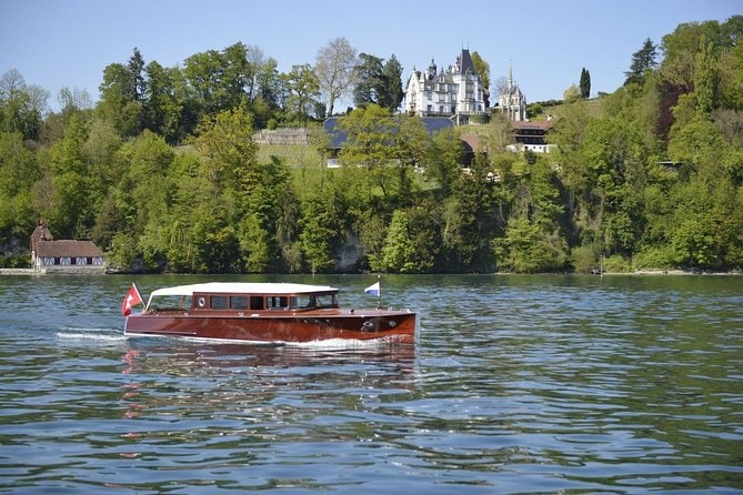 Luxurious Lake Lucerne Tour in a Private Motor Yacht