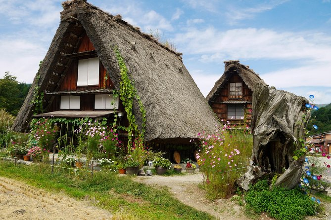 Nagoya to Shirakawago & Takayama Day Tour (Private Vehicle)