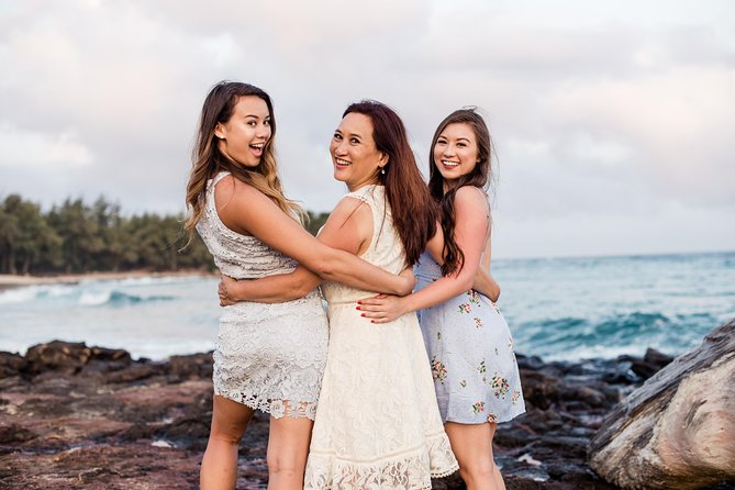 60 Minute Private Vacation Photography Session with Local Photographer in Kauai