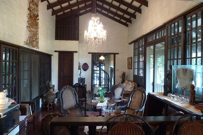 Private Filipino Dinner with a Historically-Minded Local Host in Quezon City