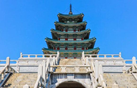 朝鮮王朝歷史私人團一日遊(宮殿+國家民俗博物館+曹溪寺+北村韓屋村+ N 首爾塔)