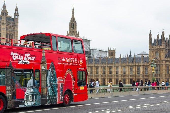 乗り降り自由のロンドン市内観光ツアー