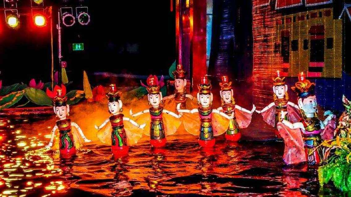 Water Puppet show and Dinner - Rex Sen Vàng at Vertical Garden