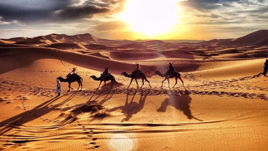 3 Day luxury Desert Tour From Marrakech To Mezouga And Fes Or Back to Marrakech