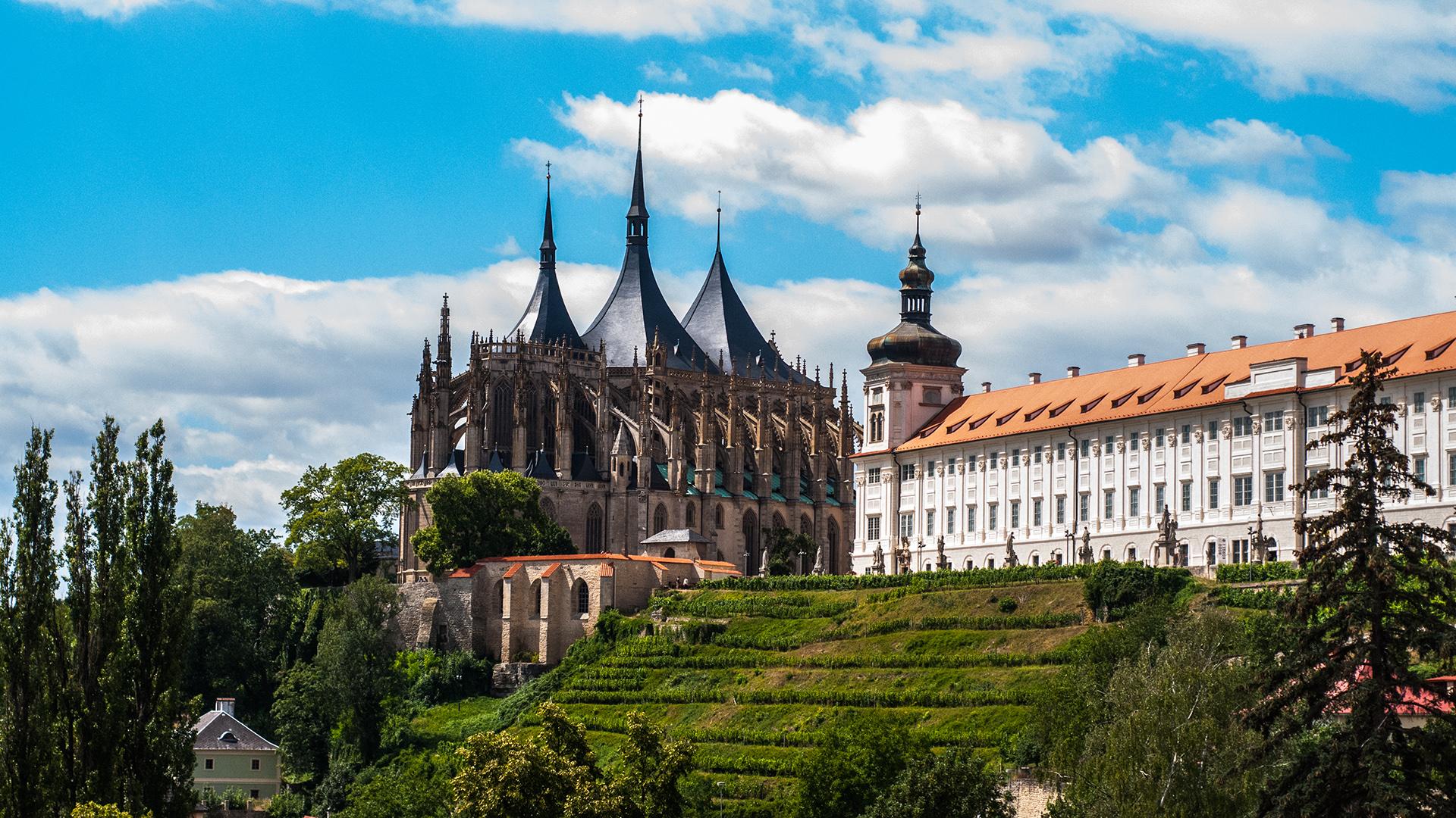 Czech Kutna Hora Human Bone Church + Santa Barbara Church Half-Day Tour