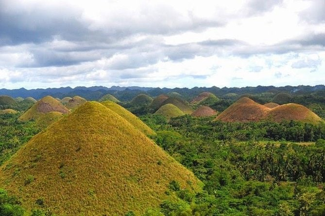 Bohol Chocolate Hills Airplane Tour