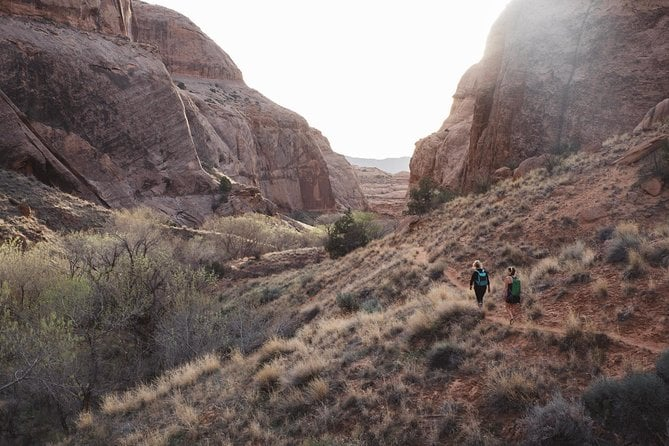 Ultimate Moab Safari: Private Half-Day Jeeping and Canyoneering Combo