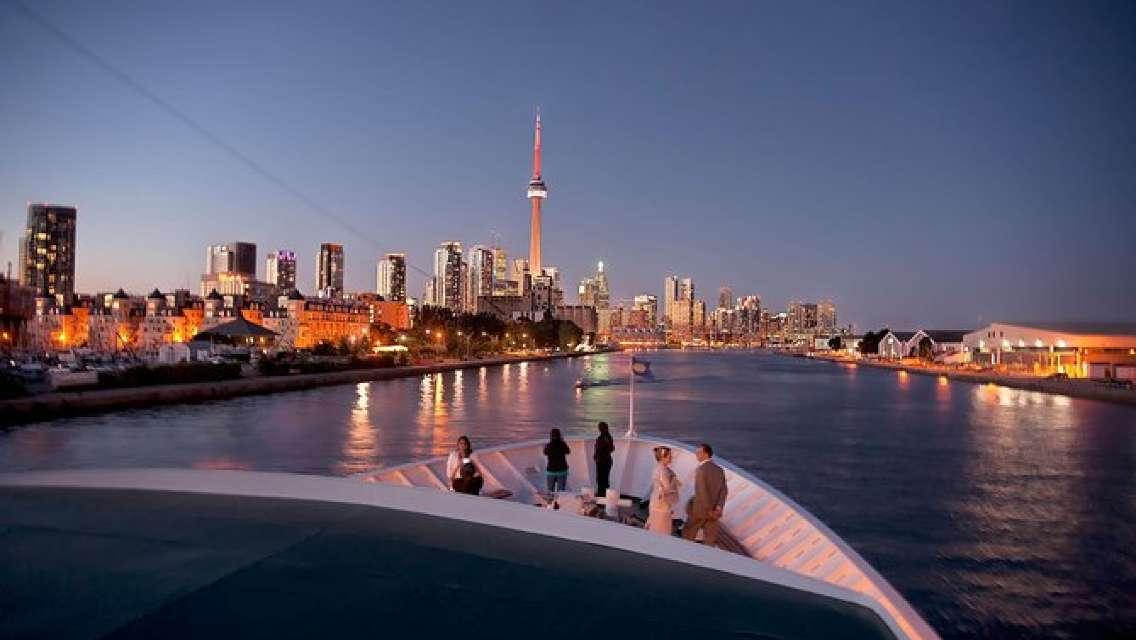 Toronto Buffet Dinner Cruise