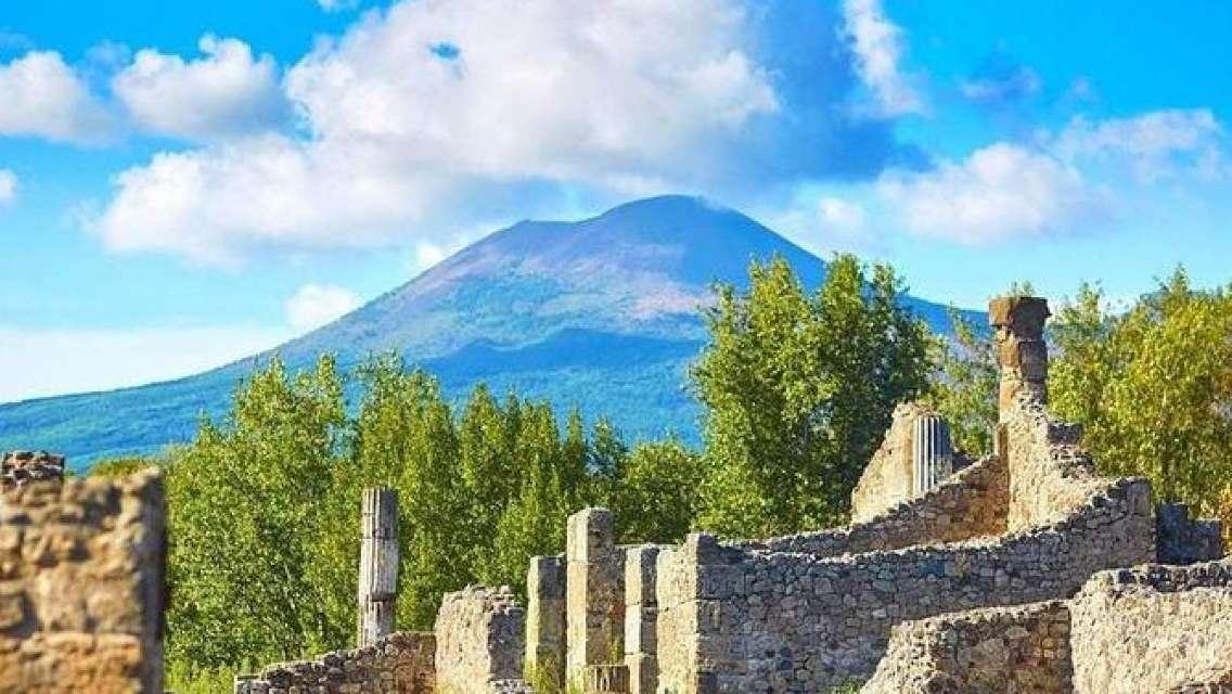 Pompeii and Vesuvius Select from Positano