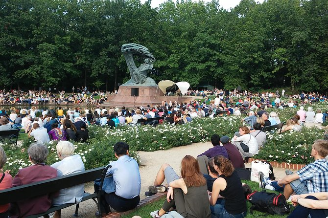 Chopin's Warsaw - City tour in the footsteps of Frédéric Chopin