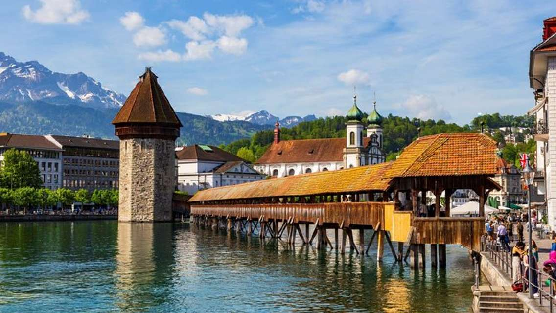 Luzern City Tour with Lake Cruise Private Tour from Basel