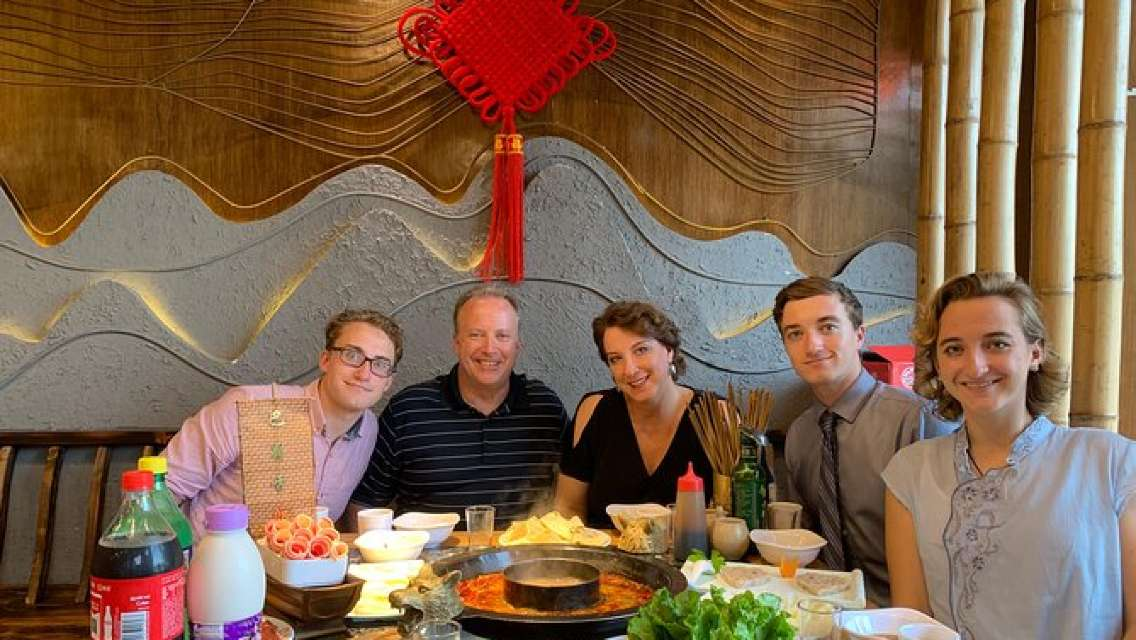 Private Half-Day Tour in Sichuan Culture Show with Hot Pot Dinner in Chengdu