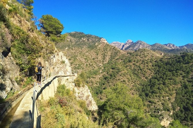 Frigiliana Small-Group Hike and Wine Tasting Tour from Malaga