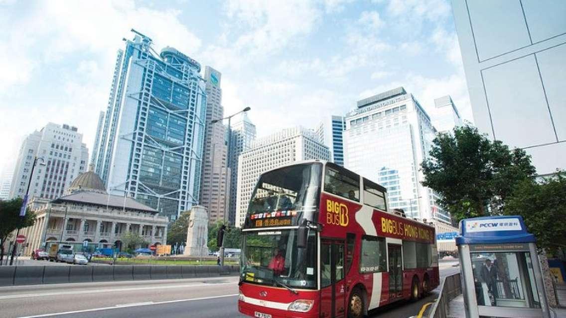 乗り降り自由のオープントップバスで香港ビッグバスツアー