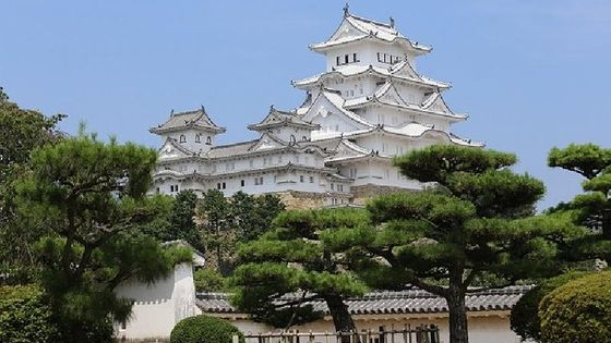 World Heritage of Himeji Castle and Akashi Kaikyo Bridge walking tour from Osaka