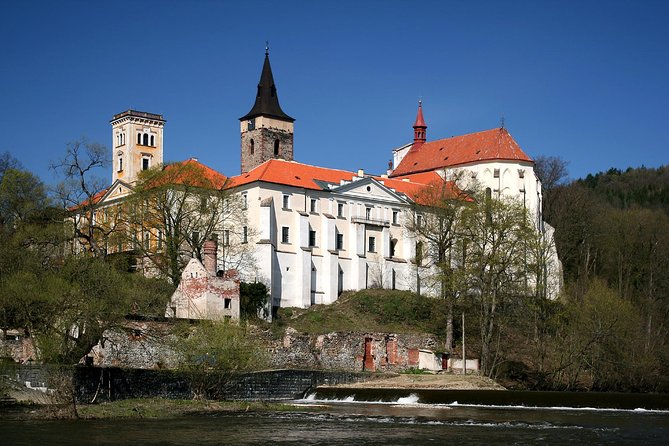 Private Day Tour from Prague: Sazava Monastery and Cesky Sternberk Castle and Chateau Zleby and Sedlec Ossuary Including Lunch