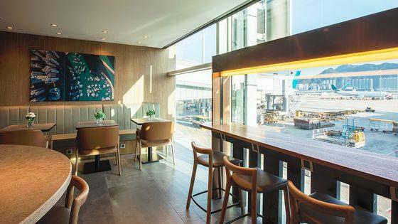 香港機場環亞機場貴賓室 Plaza Premium Lounge in Hong Kong Airport Departures