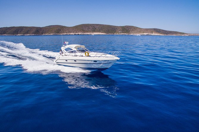 Yacht Day Trip to Hvar, Green Cave & Brac