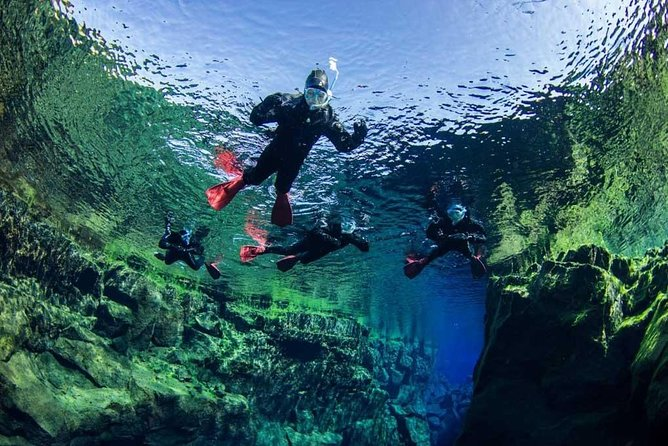 SuperSaver: Small Group Golden Circle Tour and Silfra Snorkeling Adventure