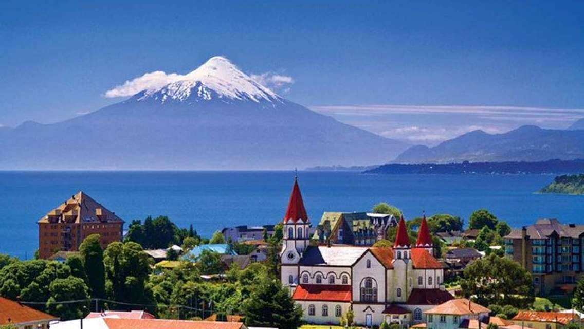 Premium Full day Tour to Osorno Volcano and Petrohue in Puerto Varas