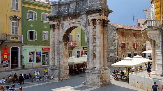 Magical Istria Tour (Pula, Rovinj) from Zagreb