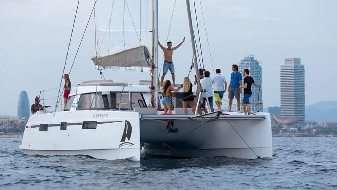 Catamaran Experience 17-20 passengers From Port Olimpic Barcelona