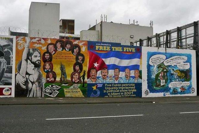 Official World Famous Belfast Conflict Taxi Tour