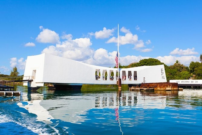 Premium Pearl Harbor Tour with Lunch