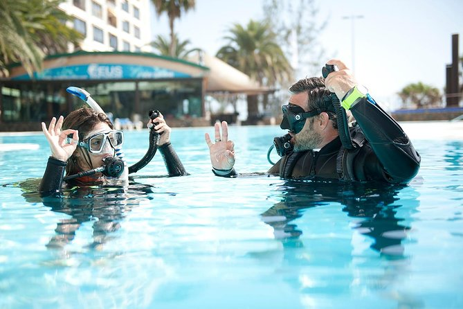Try Scuba Diving Experience: Sydney