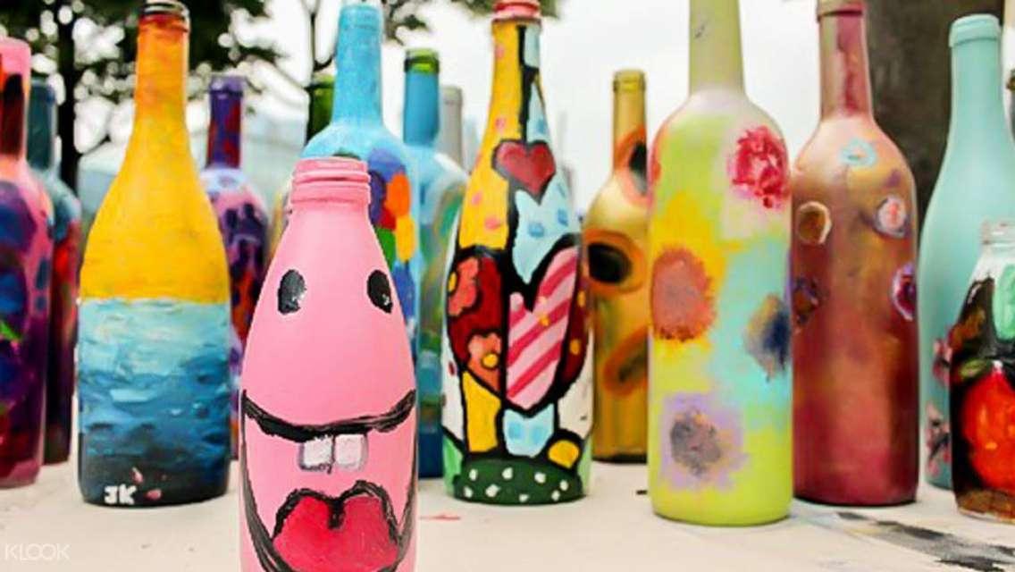 鬧市中細味藝術 香港灣仔玻璃樽藝術畫坊繪畫
