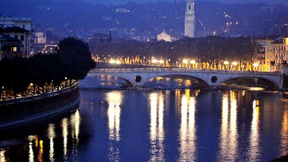 Verona Moonlight Walking Tour
