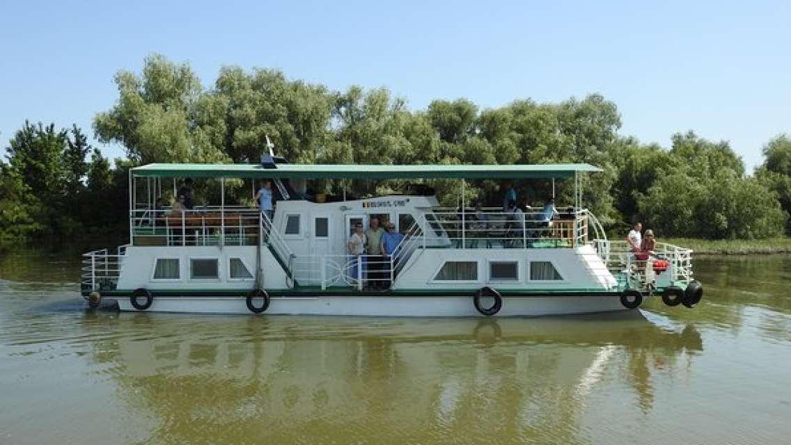 Private 6-7h Classic Boat Tour