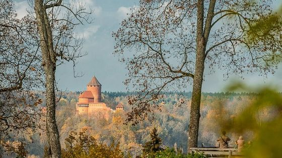 Culinary, Historic and Wine Tour to Sigulda and Cesis