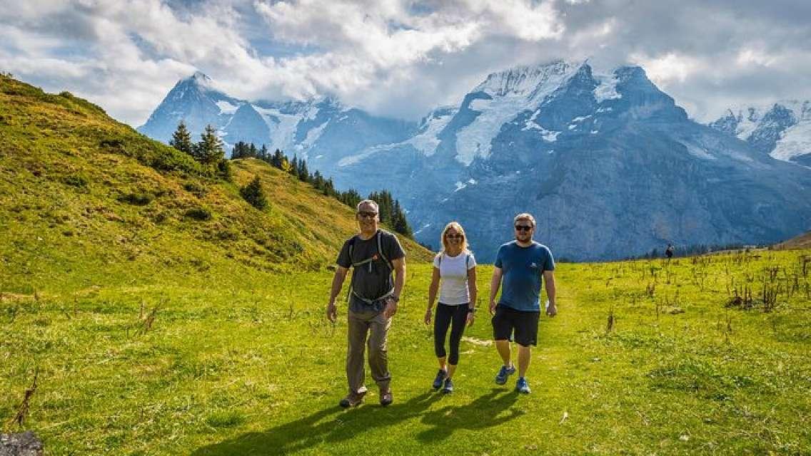 Lauterbrunnen Waterfalls & Mountain Trail Private Hiking Tour from Interlaken