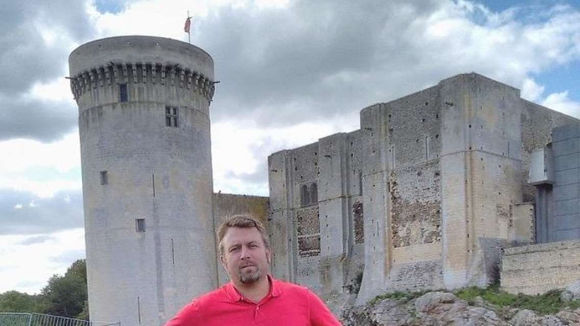 Private Tour: Rouen, Bayeux, and Falaise Day Trip from Caen