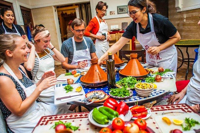 モロッコ体験----マラケシュでスーク観光とモロッコ料理のクッキング