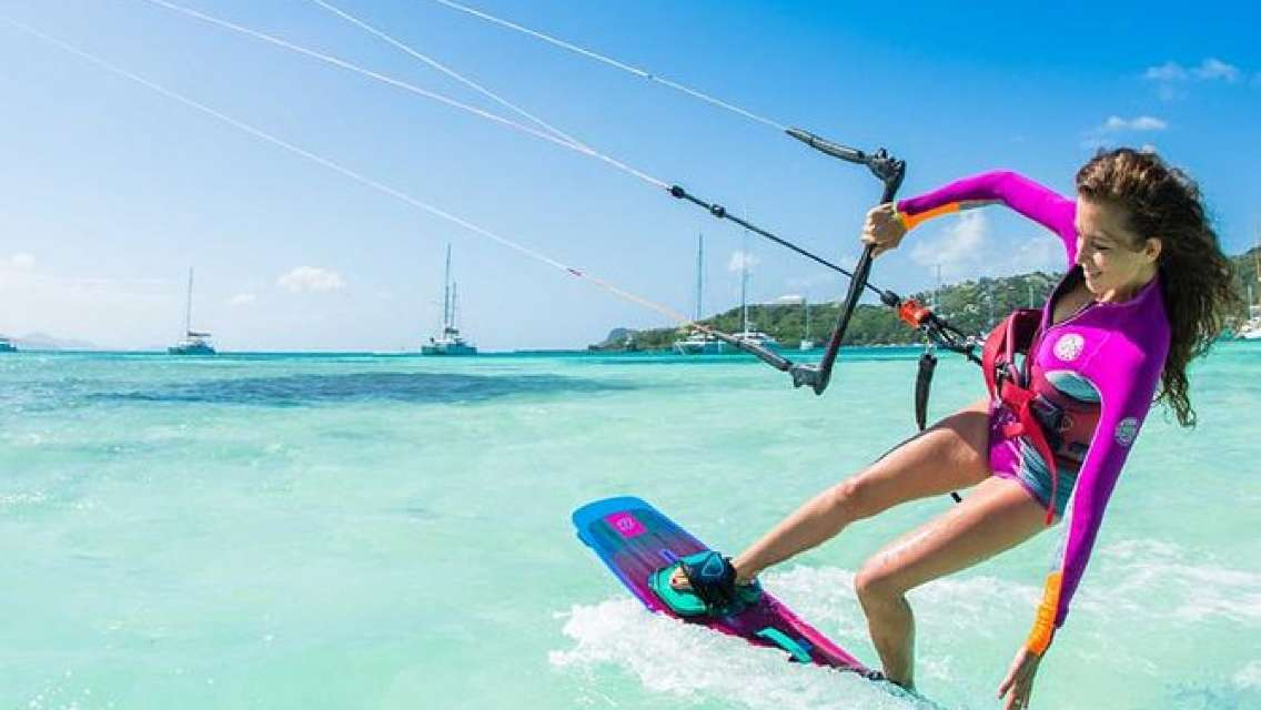 3-Days Introduction to Kitesurfing Private Course in Djerba