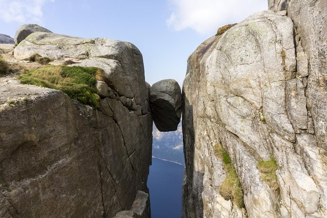 Kjerag Autumn Hike