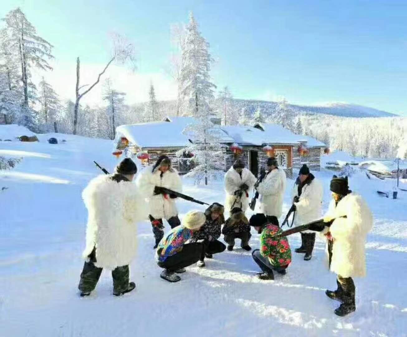 亞布力滑雪旅遊度假區+亞布力觀光纜車及世界第一滑道一日游(哈爾濱出發一單一團,買大贈小)