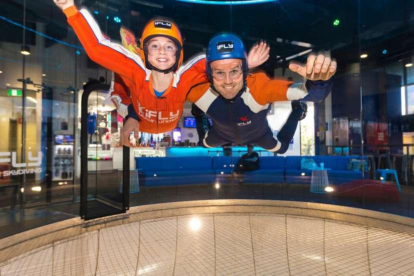 黃金海岸 iFly 室內風洞跳傘體驗