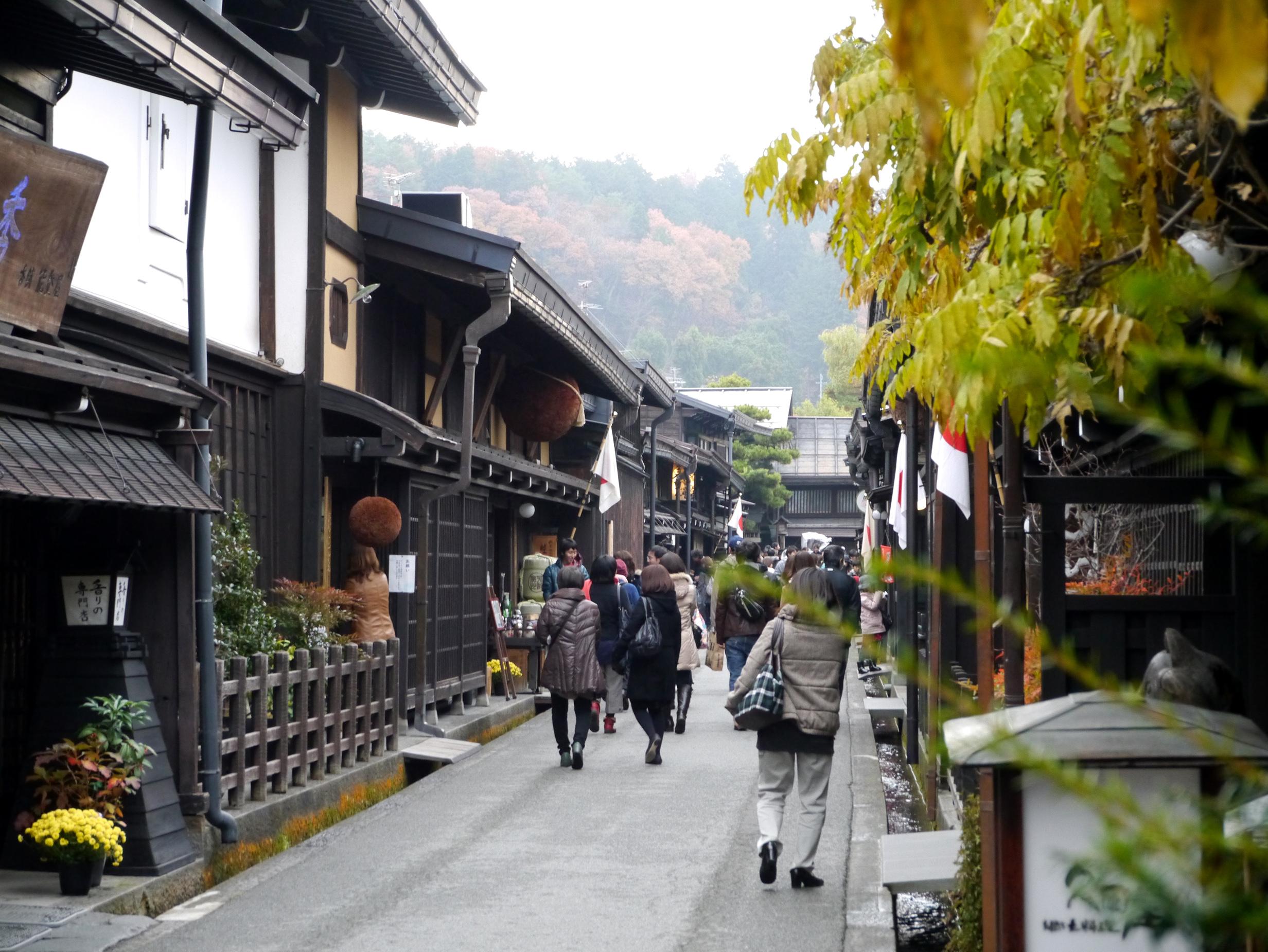 飛騨高山至東京+富士山五合目一日遊(單程巴士游:經松本城、諏訪湖、河口湖)