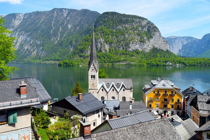 Private Eagle's Nest and Hallstatt tour from Salzburg