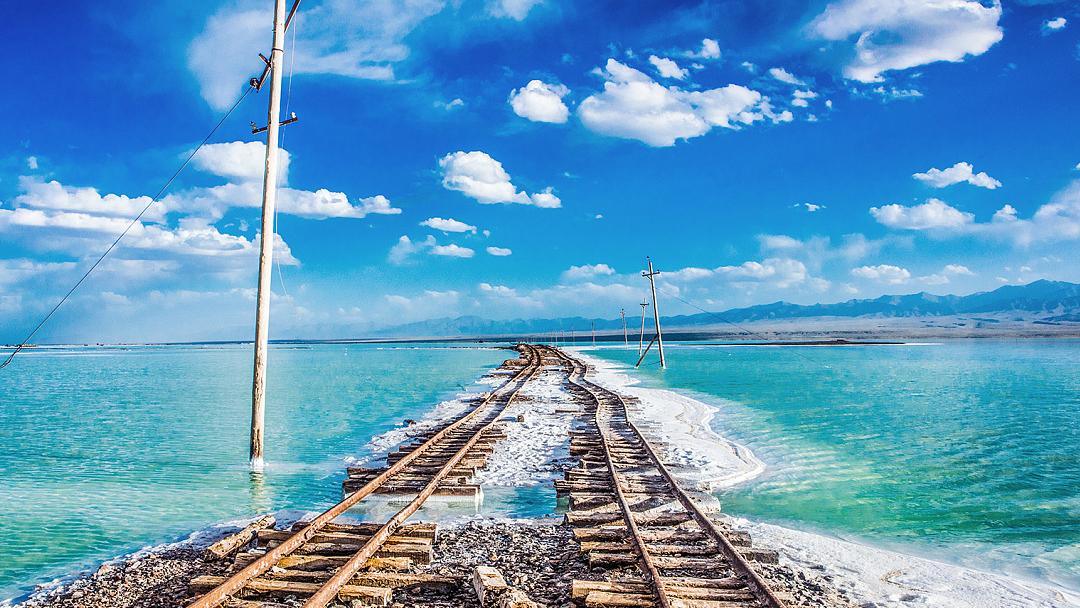 茶卡鹽湖+青海湖一日遊(贈肯德基早餐+贈鹽雕)