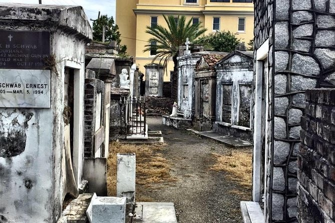 New Orleans Saint Louis Cemetery No. 1 Historical Tour: Every Tomb Tells A Story